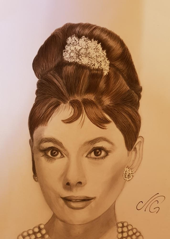 Audrey Hepburn by Nicky08